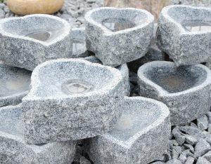 Vogeltränke, Granit