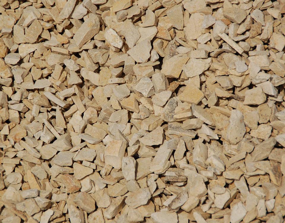 Zierkies, Kalkstein, gebrochen