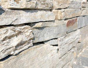 Mauerstein, Beola Gneis, unsortiert