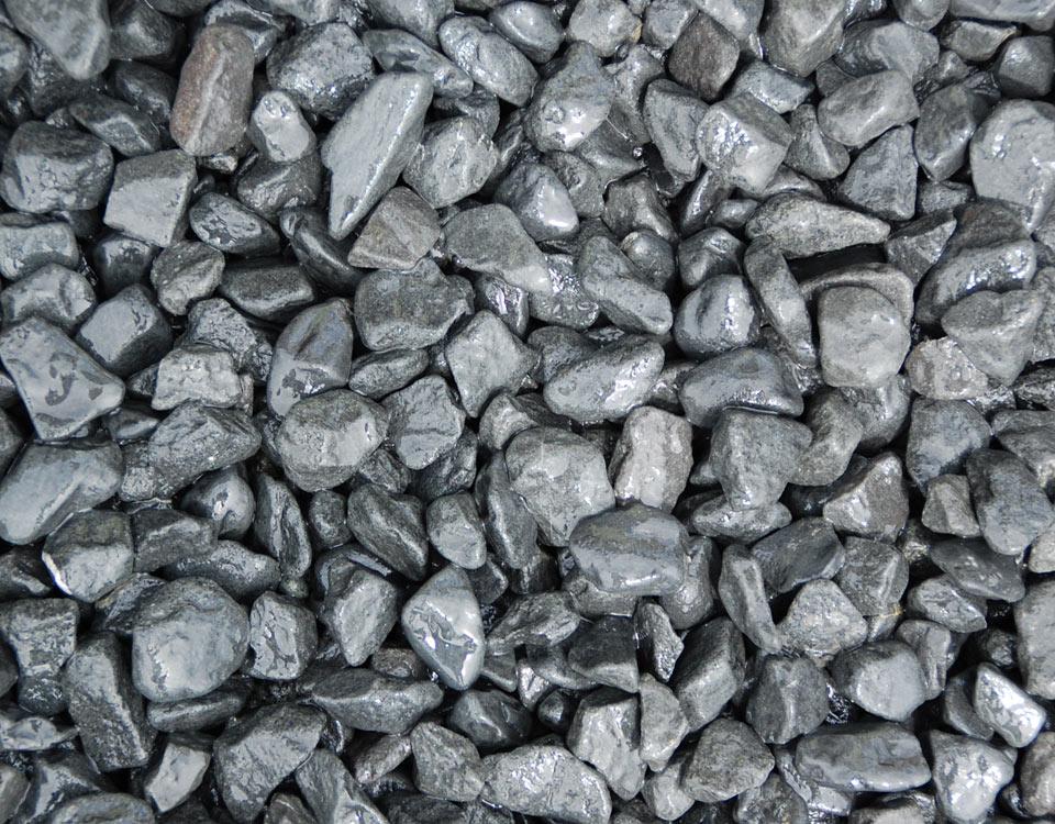 Zierkies, Basalt, getrommelt