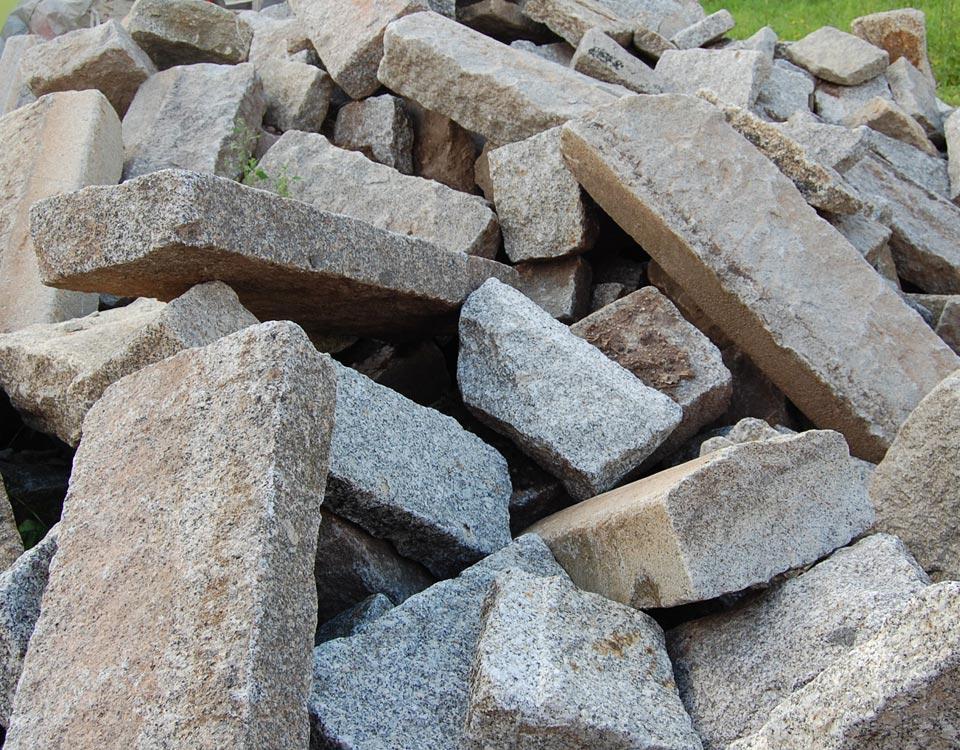 Leistensteine, Granit, gebraucht