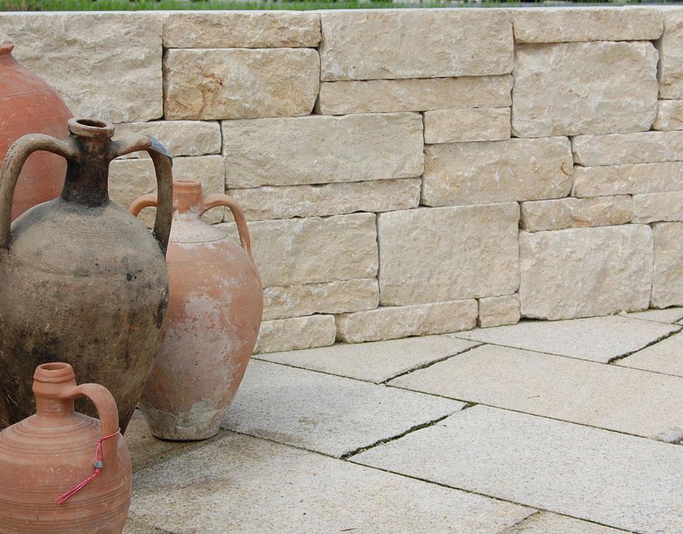 Mauersteine, Kalkstein, gesägt