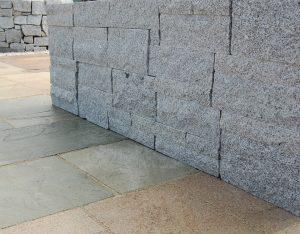 Mauersteine, Granit, gesägt