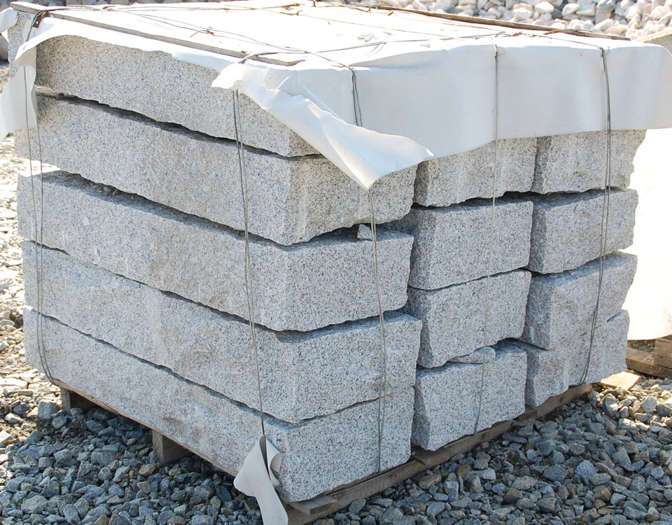 Blockstufen, Granit, rustikal