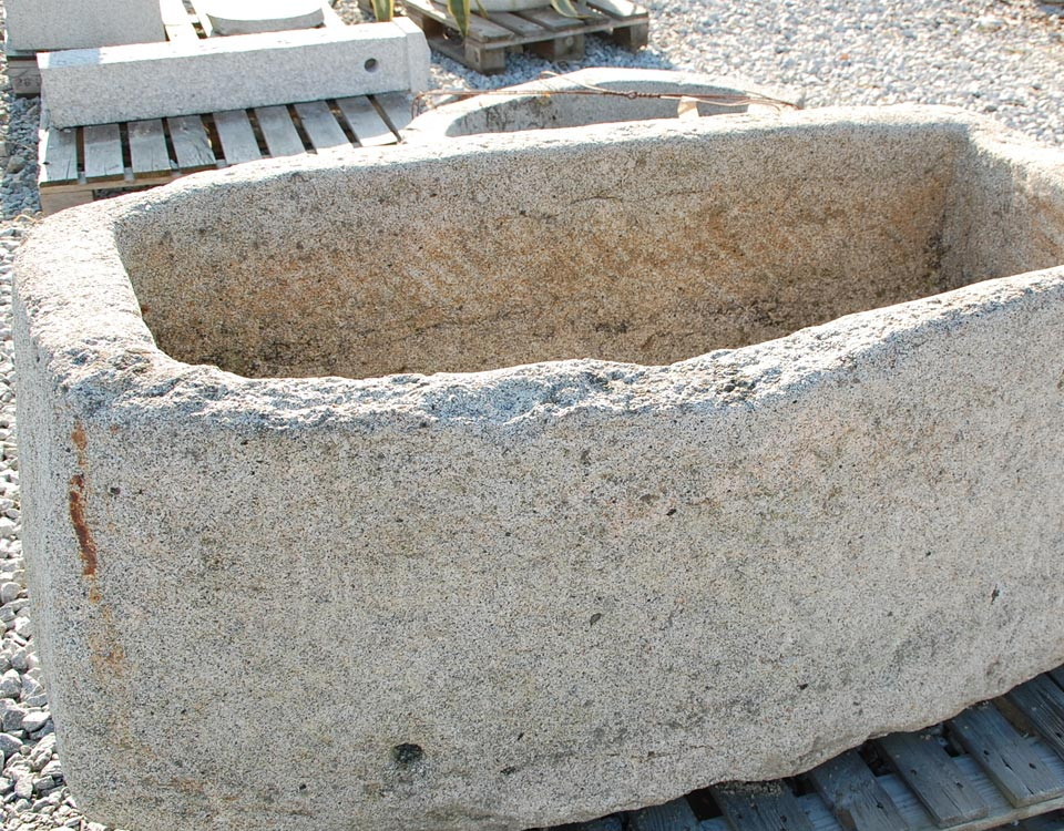 Trog, Granit, alt